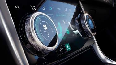 Jaguar XE facelift - interior