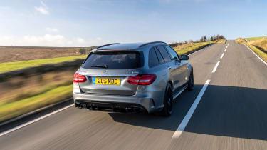 Mercedes-AMG C63 S Estate 2021 – rear tracking