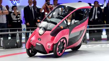 Toyota i-Road concept: Paris motor show 2014