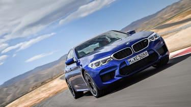 BMW M5 F90 - Blue front