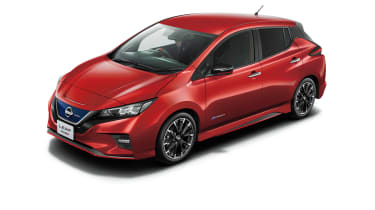 Nissan Leaf Nismo red with body-colour roof