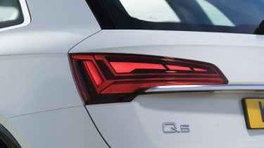 Audi Q5 2021 – rear light