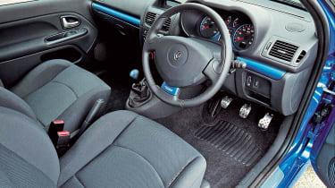 Renault Sport Clio 182 – interior