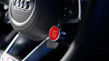 Audi R8 V10 RWS - Starter button