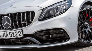 2019 Mercedes-AMG C63 – headlgiht