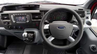 Ford Transit 2.2 TDCi Sportvan interior dashboard