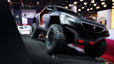 Peugeot DKR Dakar racer: Paris motor show 2014