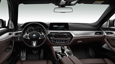 BMW M550d xDrive interior