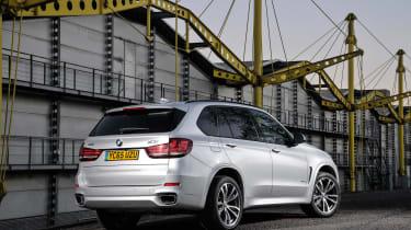 BMW X5 40e - rear static