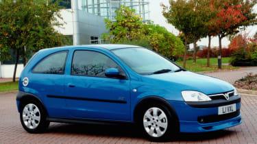 Vauxhall corsa 1.8SRI (C gen)