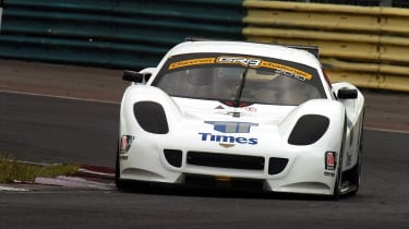 Chevron GR8 racing car review