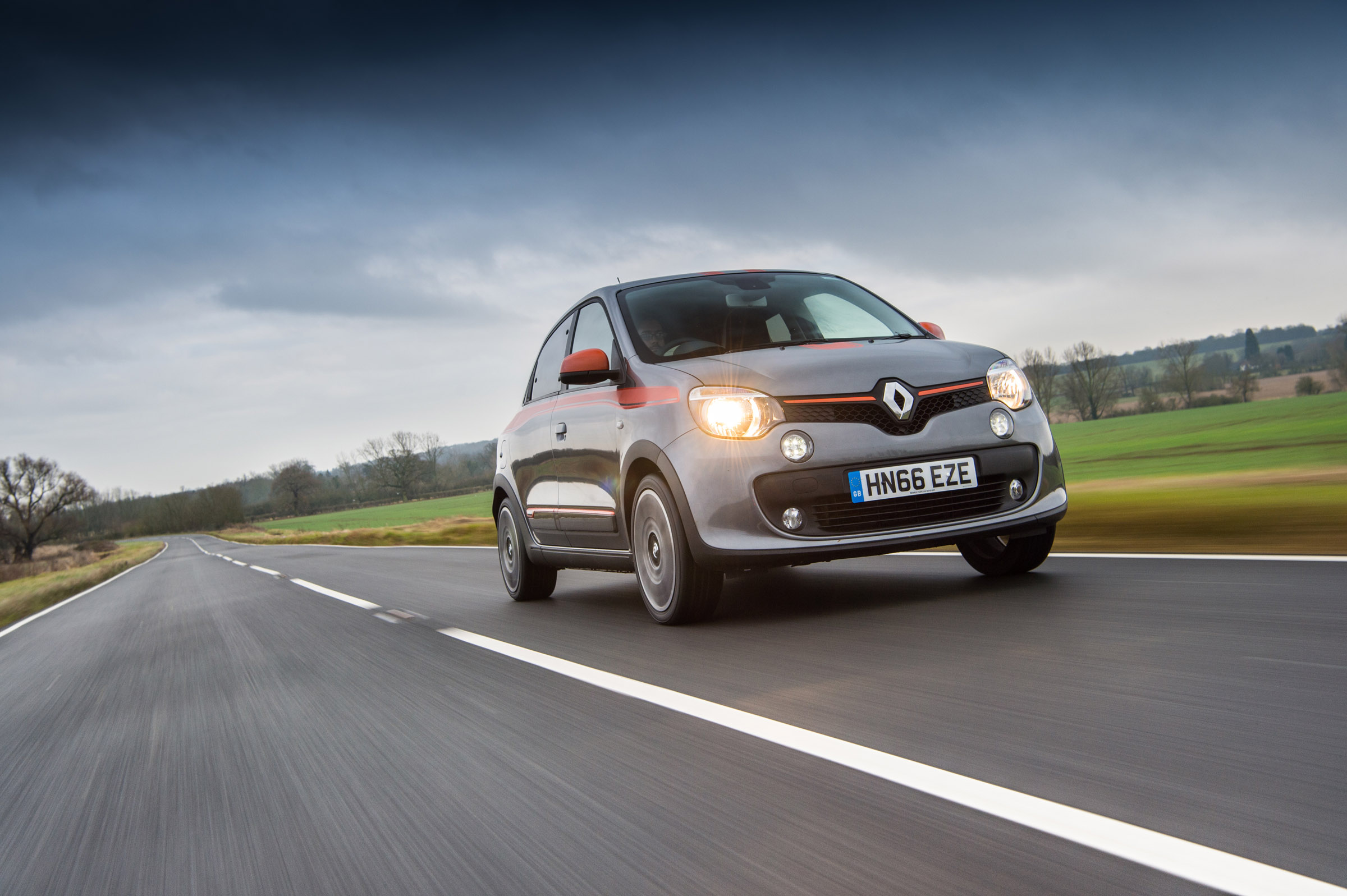 Renault Twingo GT review - prices, specs and 0-60 time | | Evo