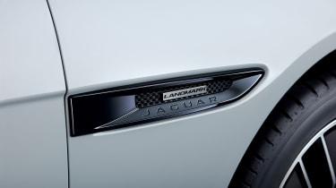 Jaguar XE Landmark - side