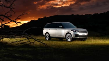 MY18 Range Rover - LWB front art