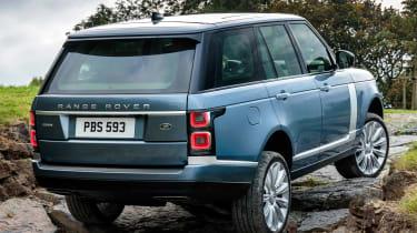 MY18 Range Rover - rear quarter off road