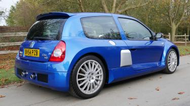 2004 Renault Sport Clio V6