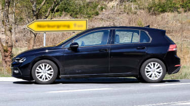 Volkswagen Golf Mk8 spy shots