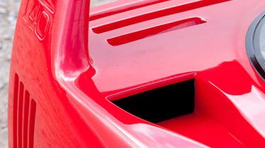 Ferrari F40 spoiler