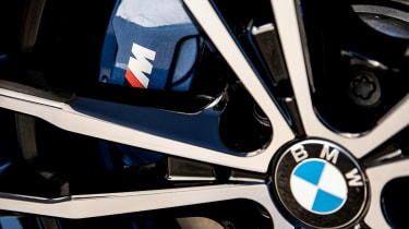 BMW 320d M Sport 2019 wheel