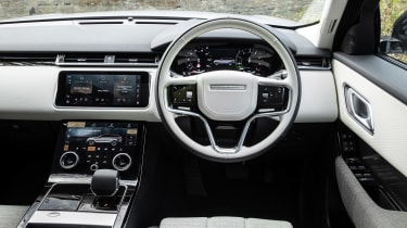 2021 Land Rover Range Rover Velar – cabin