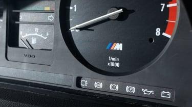 BMW M5 E28 rev counter