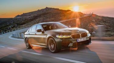 BMW M5 CS - front sun