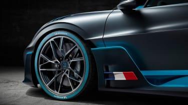 Bugatti Divo - wheel