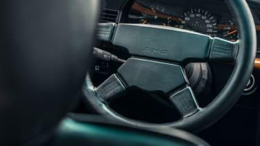 Mercedes-Benz 190E 3.2 AMG - Steering wheel