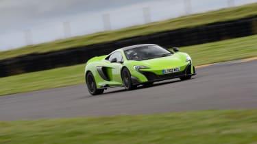 McLaren 675LT - front tracking
