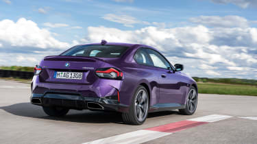 BMW 2-series 2021 – rear quarter tracking