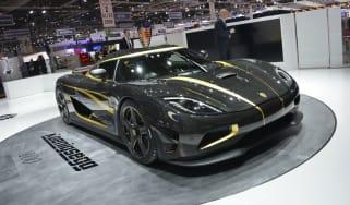 Koenigsegg Hundra revealed at the Geneva motor show