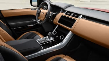 Range Rover Sport - on road interior