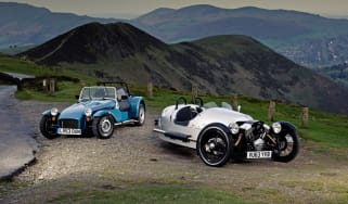 Caterham Seven 160 vs Morgan 3 Wheeler track video