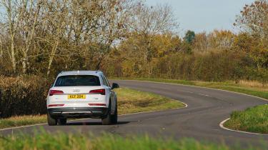 Audi Q5 2021 – rear cornering