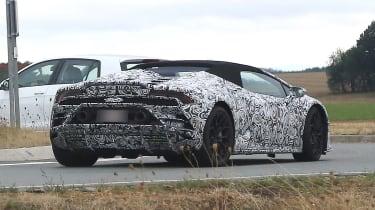 Lamborghini Huracan fl - rear quarter