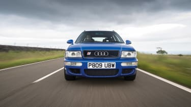Audi RS2 - front