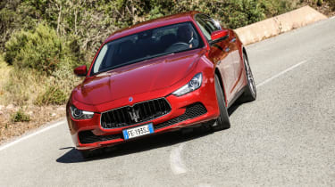 Maserati Ghibli 2016 - driving red