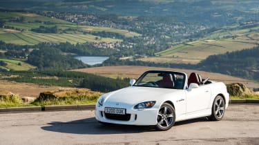 Honda S2000 icon - front quarter
