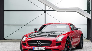 Mercedes SLS AMG GT Final Edition coupe red