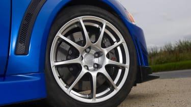 Mitsubishi Evo X FQ-400 wheel