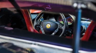Ferrari Enzo - Interior