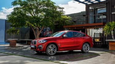 BMW X4 M40d - side
