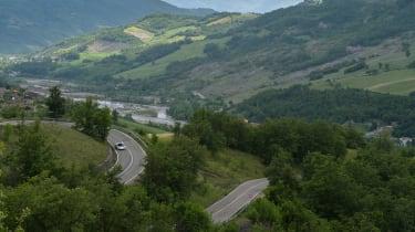 McLaren 720S in Italy - roads