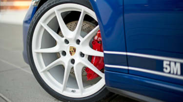 Porsche 911 5M Fans Facebook edition white alloy wheel