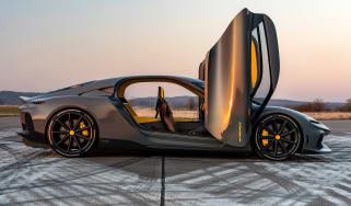 Koenigsegg doors