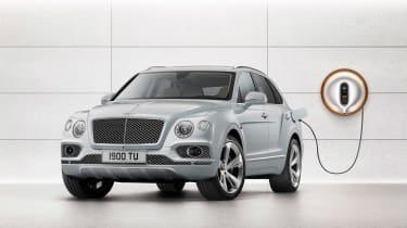 Bentley Bentayga PHEV - plugged