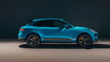 Porsche Macan – side
