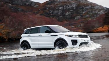 Range Rover Evoque - 2017  driving