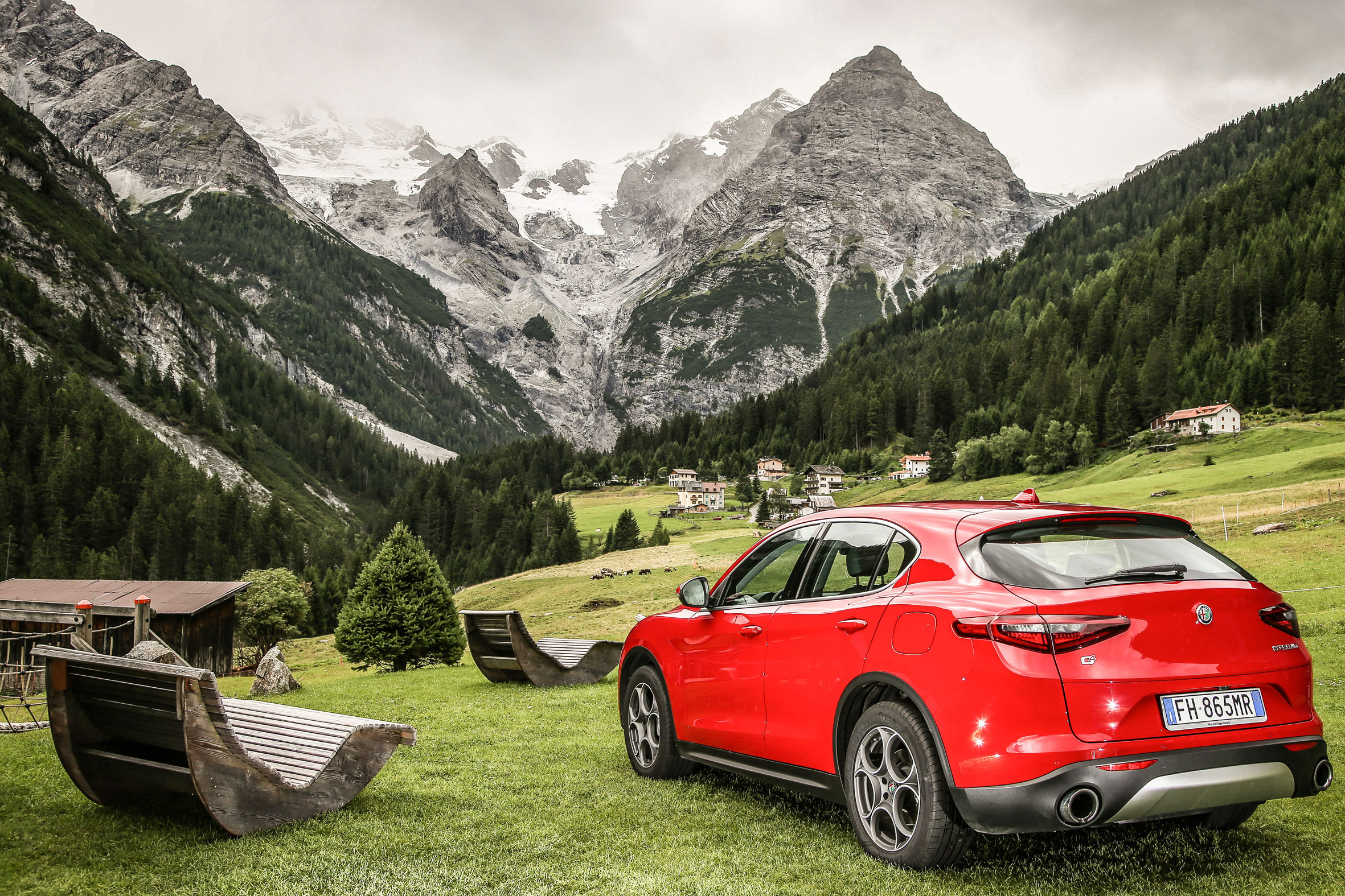 Alfa Romeo Stelvio Review - Prices, Specs And 0-60 Time