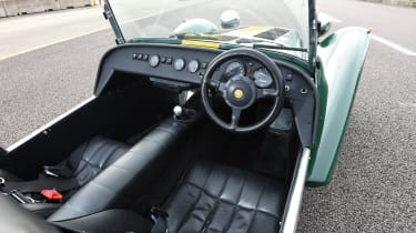Caterham – interior